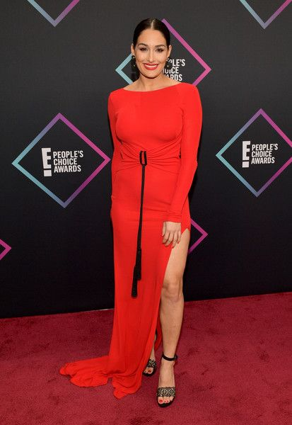Nikki Bella attends the People's Choice Awards 2018.