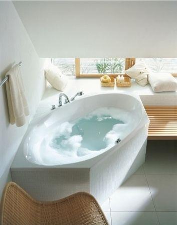 Fancy Badezimmer mit Eckbadewanne B der Pinterest Eckbadewanne Badezimmer und H uschen