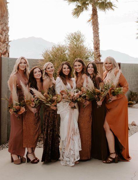Fringe Wedding Dress, Wedding Dresses, Fringe Dress, Wedding Shoes, Wedding Attire, Bridesmaid Robes, Wedding Bridesmaids, Mismatched Bridesmaid Dresses, Propositions Mariage
