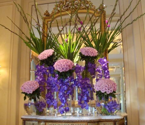 Learn to keep your flowers fresh, longer, with these tips from Four Seasons Hotel Cairo.