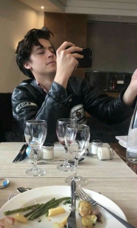 Cole Sprouse INSTAGRAM (cole y tu)
