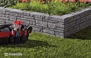 Muret Exterieur A L Aspect De Pierre Empilees Concrete Garden Garden Wall Landscape Products