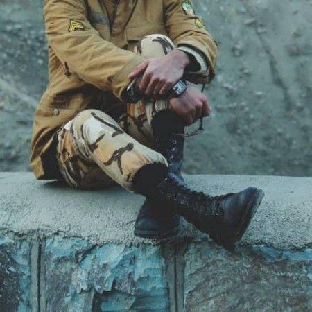 عکس پروفایل سرباز غمگین Profile Photo Winter Jackets Photo