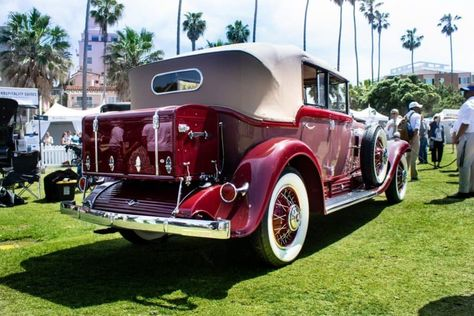 The Difference Between Antique, Vintage & Classic Cars