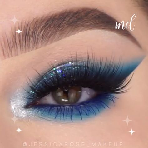 Glitzy and blue - we love you! By:@jessicarose_makeup