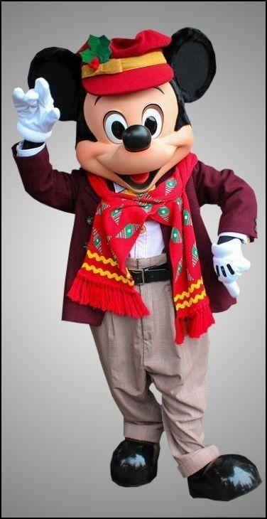 Chuck E Cheese Christmas.Pin By Chuck E Cheese On Disney Fun Disney Fun Mickey