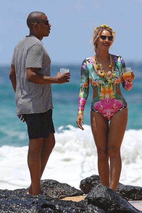 Beyoncé & Jay-Z in Hawaii June 2016