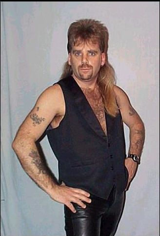 Just me for the family portrait...I am to sexy with mullet on my mind and pleather on my thighs hmnnnnn....