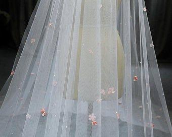 Lamnhibridals Par Lamnhibridals Sur Etsy Flower Veil Veil Handmade Veils