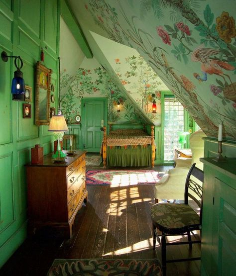 Can't even say how much I love this room! From Historic New England, Beauport, the Sleeper-McCann House, built in Hiding Places, Aesthetic Rooms, Cozy Aesthetic, Interior Exterior, Dream Rooms, My New Room, Home Decor Styles, Country Decor, Rustic Decor