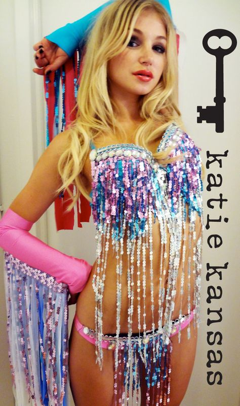 Not crazy about the colors but love the sequin idea