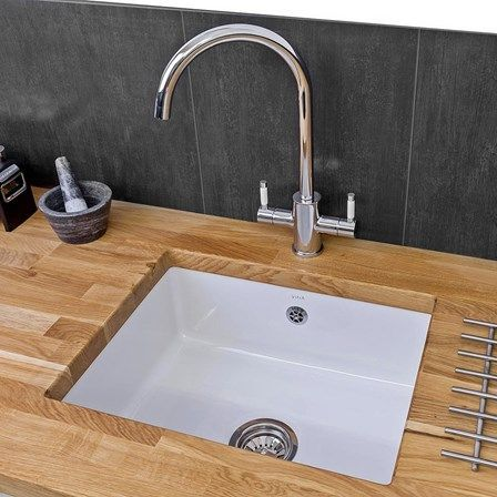 The Reginox Mataro 1 Bowl Undermount Ceramic Kitchen Sink Is The Perfect Blend Of Style And Funct Ceramic Kitchen Sinks White Ceramic Kitchen Sink Ceramic Sink