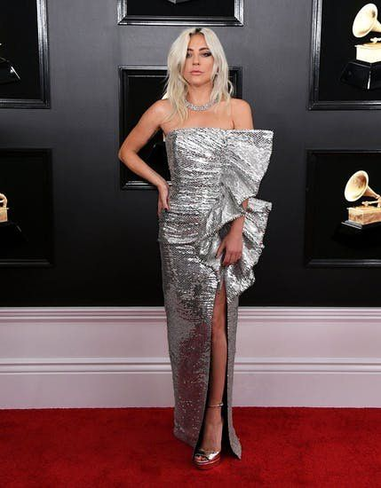 Grammys 2019 Red Carpet The Wildest Outfits You Need To See Grammy Dresses Nice Dresses Grammy Outfits
