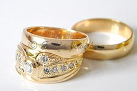 Emefa Jewellery Ultimate In Real Jewellery 18k Gold Wedding Band Leafy Design Sokocentre Com 18k Gold Headban In 2020 Wedding Rings Prices Real Jewelry Wedding Rings