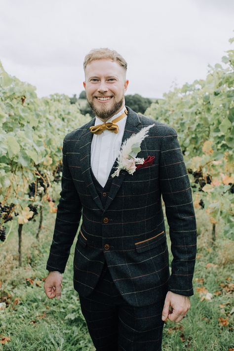 The wedding dress usually takes centre stage of a wedding, but we thought it was time we focused on the men. There are so many options for groomswear nowadays and you can accessorise it up with the button hole. Here's one of our favourite outfits from previous weddings.  #groomswear #menswear #weddinginsp #devonwedding #groomtobe #intimatewedding #weddingplanning