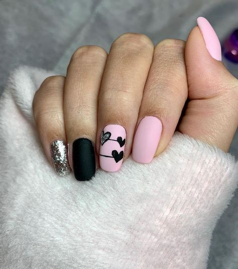 New Years Eve Nails French Pinterest Hashtags, Video and