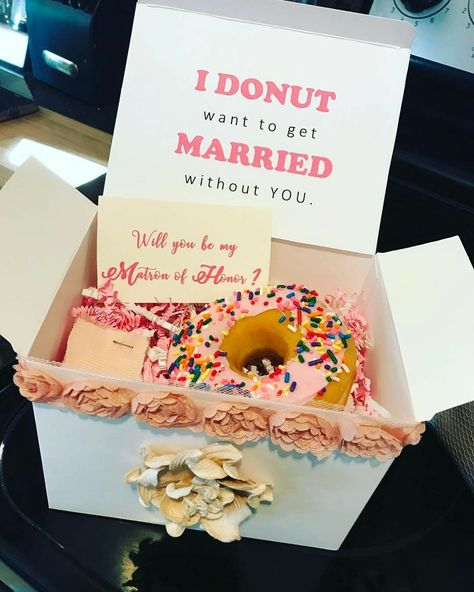 How I asked my MOH/bridesmaids!