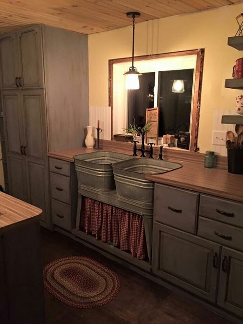 Galvanized Sinks On A Stand For A Kitchen Sink Tiny House Kitchen Farmhouse Sink Kitchen Rustic Kitchen Cabinets
