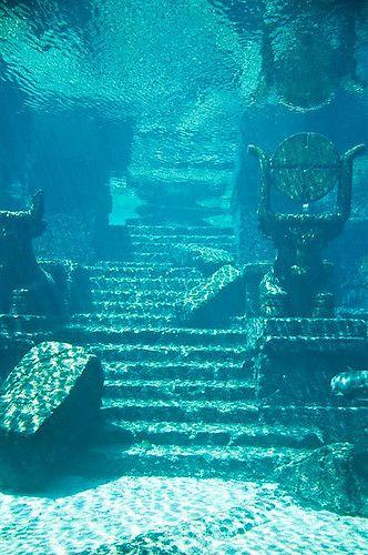 The Lost City of Atlantis – Die verlorene Stadt Atlantis – verloren Atlantis, Sunken City, Underwater City, Titanic Underwater, Underwater Photos, Lost City, Fantasy Landscape, Fantasy Art, Underwater Photography