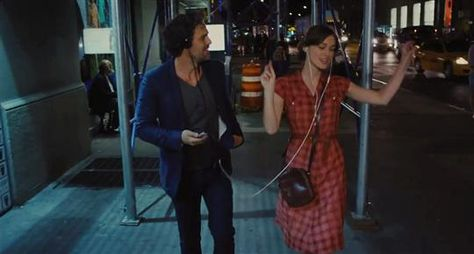 Begin Again, 2014, John Carney (Mark Ruffalo, Keira Knightley). SPLITTER: Used to split one audio source into headphones/earphones so the music can be enjoyed together fully and freely without being noisy.