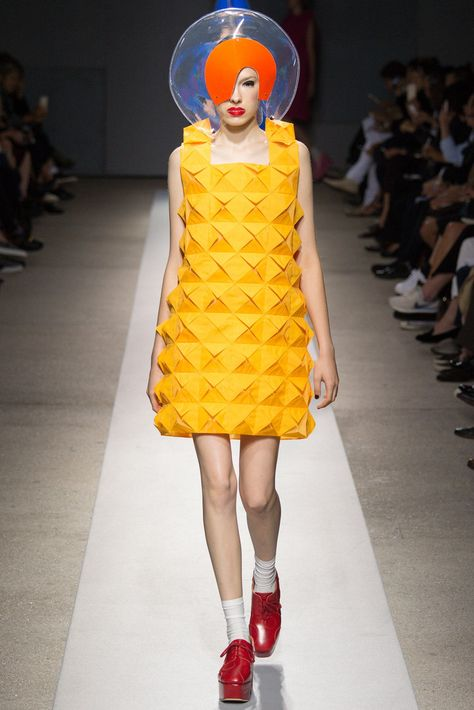 See all the Collection photos from Junya Watanabe Spring/Summer 2015 Ready-To-Wear now on British Vogue