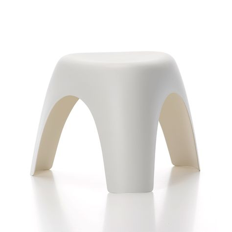 Elephant Stool In 2020 Plastic Dining Chairs Stool Outdoor Stools