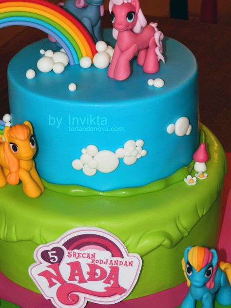 My little pony cake detail photo