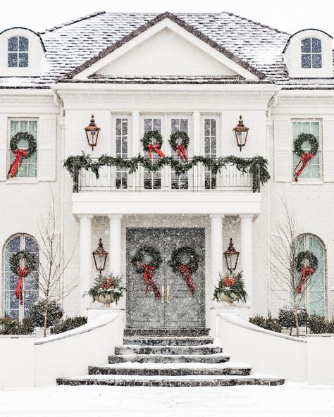 Home For Christmas 2019 Home For Christmas Pink Peonies by Rach Parcell The post Home For Christmas 2019 appeared first on House ideas. Pink Christmas, Winter Christmas, Christmas Home, Merry Christmas, Christmas Trees, Christmas Mantles, Christmas Villages, Victorian Christmas, Christmas Music