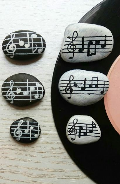 Painted Rocks Music Note Rock Painting Ideas A Great Diy Craft Project For Any Music Lover Easy To Crea Painted Rocks Painted Rocks Kids Canvas Art Projects