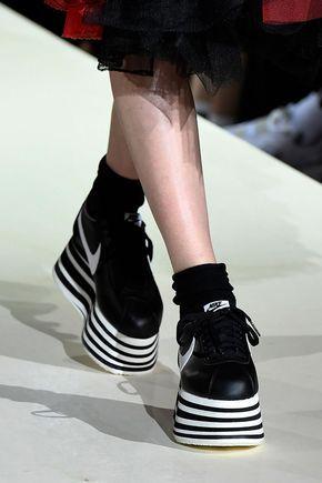 Pfw New At Comme Garçons Nike Des Fw18 Reveals Cortez Platform Yvf6b7yg