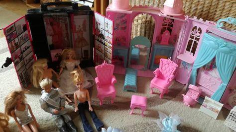 Popular https ebay kleinanzeigen de s anzeige barbies x barbie ken schloss kleiderschrank cabrio ref udmyads Olivia Pinterest Barbie