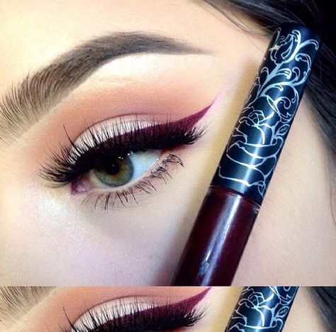 Vampira as eyeliner, Kat Von D Cosmetics // Patrizia Conde
