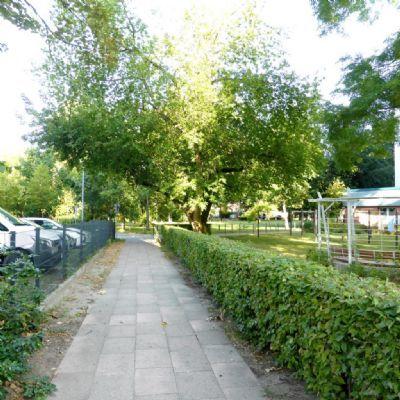Wohnoase Im Herzen Von Potsdam Grosszugige 3 Zimmer Wohnung Etagenwohnung Potsdam 2rm7z4g Sidewalk