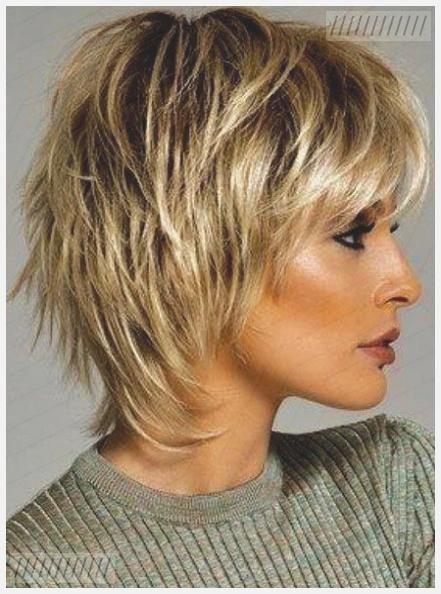 30 Kurz Geschichtete Haarschnitte Frisuren 2020 Neue Frisuren Und Haarfarben In 2020 Haarschnitt Kurz Haarschnitt Kurze Geschichtete Haarschnitte