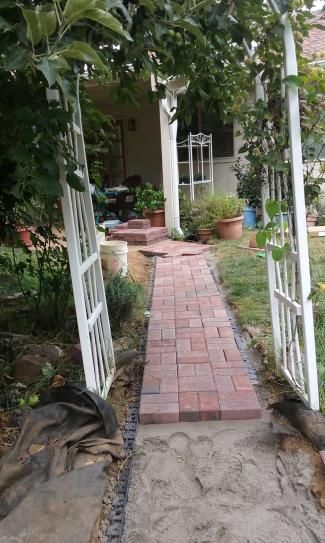 Proflex 48 Ft Paver Edging Project Kit In Black 1260hd 48c The Home Depot In 2020 Brick Garden Pavers Backyard Paver Edging