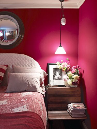 Revisit The Past In A Cozy Former Schoolhouse Bedrooms Old