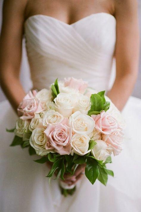 Ramo de novia en color pastel con rosas