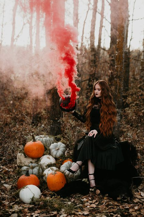 Ginger, Spice, & Everything Not Very Nice // Spooky Halloween Inspiration Shoot in Red Deer - Brontë Bride Halloween Inspo, Halloween Photos, Halloween Fashion, Couple Halloween Costumes, Halloween Photo Shoots, Halloween Mini Session, Halloween Bride, Witch Fashion, Spirit Halloween