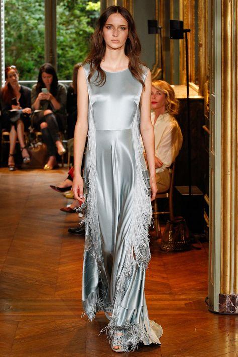 huge discount ba333 c5f16 Alberta Ferretti Limited Edition Fall 2016 Couture Fashion ...