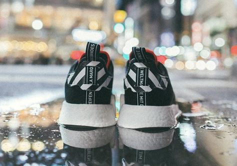 finest selection 5942c 58138 adidas NMD R2