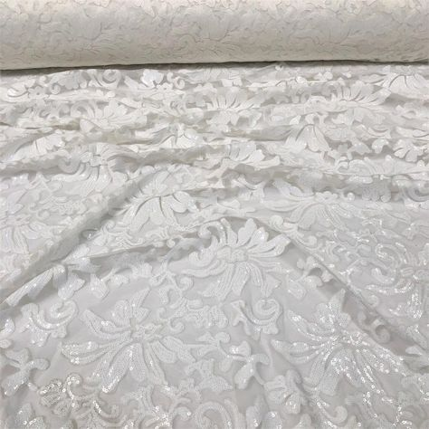 Milan Lace Tablecloths Overlays