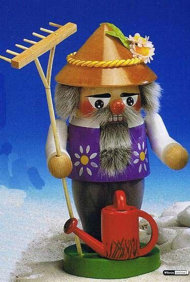 Gardener Nutcracker by Steinbach $160.00 incl. shipping!