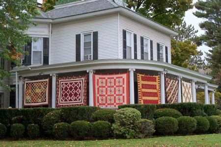 Tunkhannock, PA - Airing of the Quilts, 2000s   Tunkhannock, PA ... : airing of the quilts tunkhannock pa - Adamdwight.com