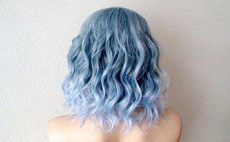 20 Stylish Short Hairstyles For Wavy Hair 20 Attractive Light Blue Balayage Hair Wavyhair Bluehair Ba Pastel Blue Hair Light Blue Hair Short Blue Hair