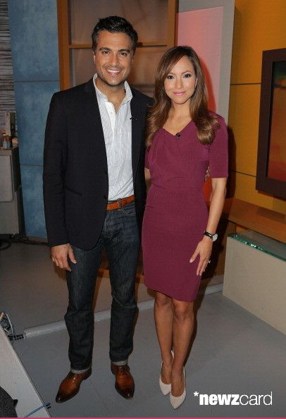 Jaime Camil and Satcha Pretto are seen on the set of Univision's 'Despierta America' morning show at Univision Headquarters on September 23, 2013 in Miami, Florida. (Photo by Alexander Tamargo/Getty Images)