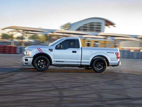 Shelby Super Snake Sport F 150 Shows Its Fangs In 2020 Super Snake Shelby Roadshow