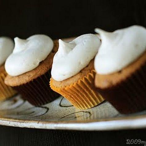 Pumpkin Maple Chip Cupcakes