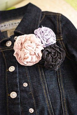 looks super simple - flowers from tights