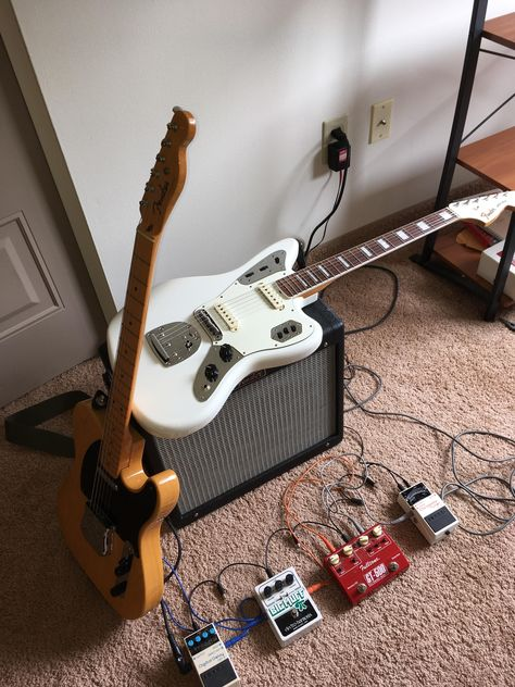 Vintage Guitar always brings by far the most intriguing data on many kinds of old musical instruments, the great firms whom developed all of them. Guitar Keys, Guitar Pedals, Music Guitar, Cool Guitar, Ukulele, Surf Guitar, Guitar Straps, Guitar Rig, Stratocaster Guitar