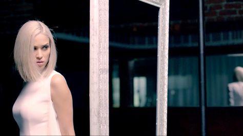 Moriah Peters - BRAVE (Official Music Video) Pour nous aider à affirmer qui nous sommes